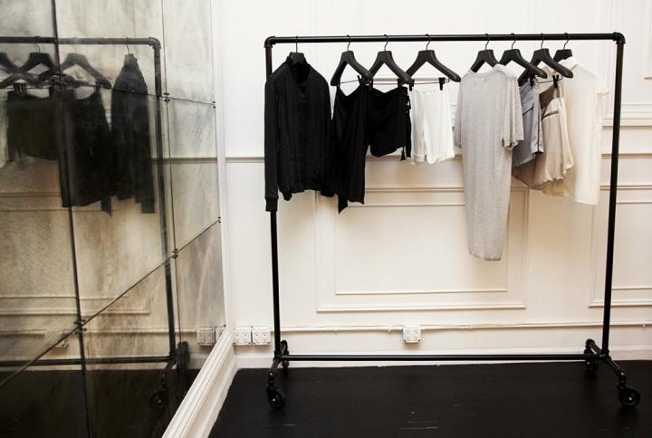 garderobe stativ